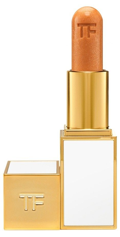 Wear this Tom Ford lip color alone for a subtle glimmer, or on top of lipstick for added dimension and shimmer.