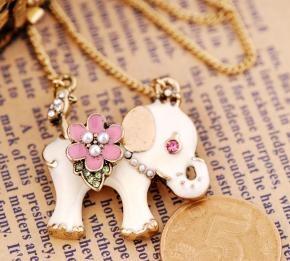 New Betsey Johnson White Elephant Pink Flower Necklace $10 Ship Free