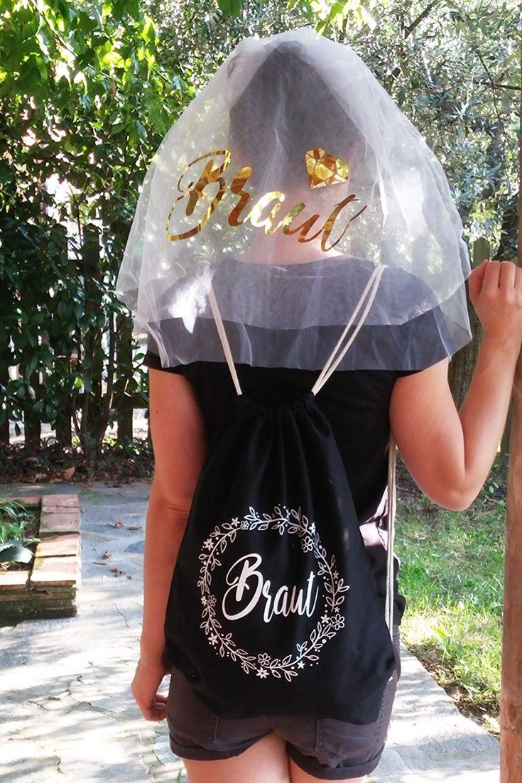 070809c7e9c11 Dieses schicke Outfit besteht aus einem Braut-Beutel in Schwarz mit  Blumenkranz-Motiv zusammen