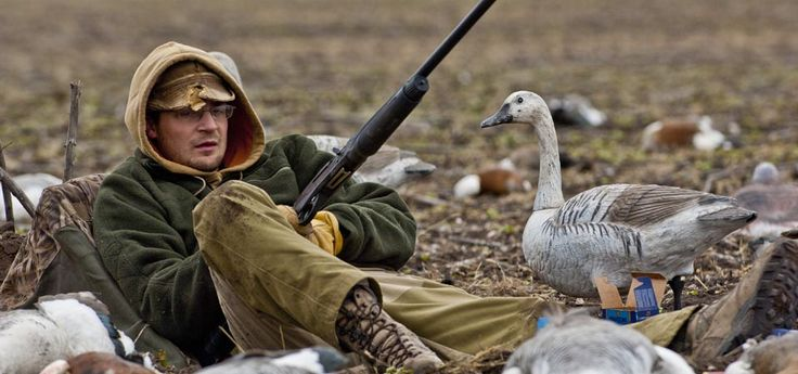 Check!! Why you should always conceal yourself when hunting snow geese. Click here http://www.showmesnowgeese.com/snow-goose-hunts/