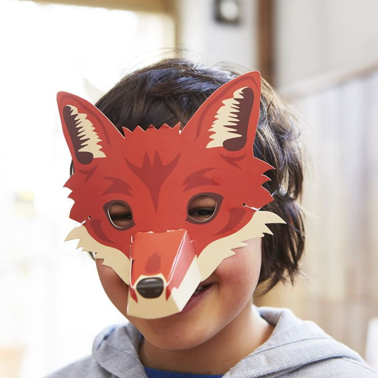 Create your own magical Woodland Animal masks. Choose to be a wise owl, a bouncy rabbit, a shy deer or a curious fox, each with a 3D nose.