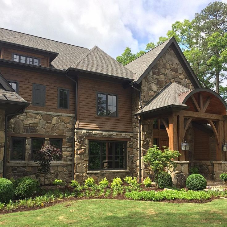 Love this house in The River Club. #windsorwindows #theriverclubga
