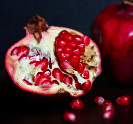 Is pomegranate a good ingredient for ink making?