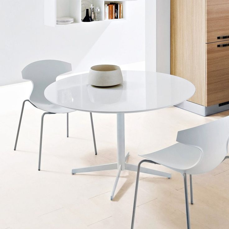 Small White Table And Chairs Part - 37: Best 25+ White Round Dining Table Ideas On Pinterest | Round Dinning Table,  Kitchen Chairs And Round Farmhouse Table