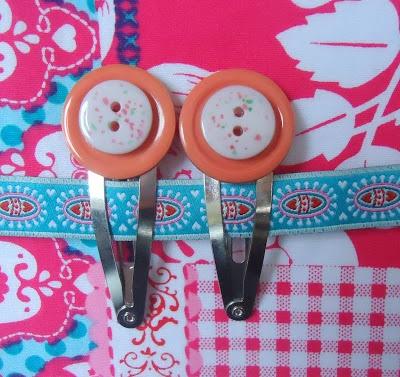 Haarspeldjes gemaakt met knopen