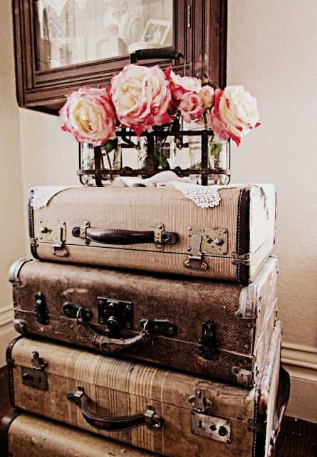 vintage luggage with rose bouquet