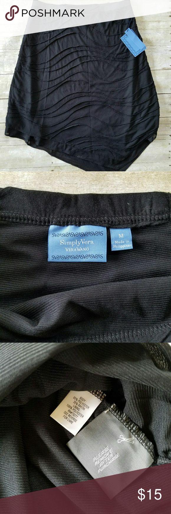 Simply Vera Wang black handkerchief skirt size med Nwt, Cute handkerchief black skirt. Linned, elastic waist. Falls just below the knee. Simply Vera Vera Wang Skirts Midi
