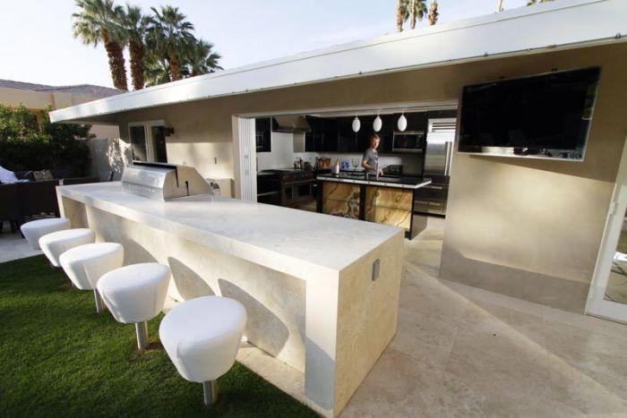 Indoor Outdoor-Küche @ www.interiordesignpro.org #PergolaForSale