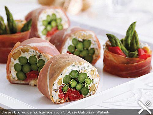Schinken-Sushi mit Walnüssen, ein sehr leckeres Rezept aus der Kategorie Party.