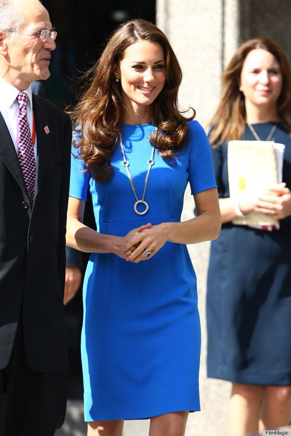 Blue sheath dress by Stella McCartney. Worn by Kate Middleton 7/19/12 at the National Portrait Gallery. Necklace by Cartier from her personal collection.