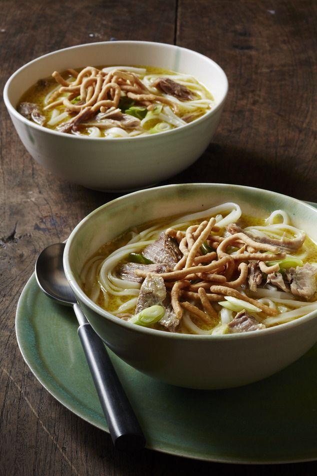Malaysian Pork Curry Noodle Soup #slowcooker #curry #soup #asiancuisine #noodles