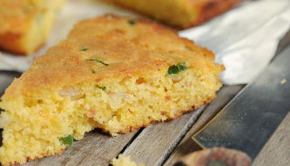 Pittig gekruid maïsbrood
