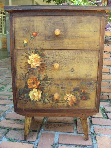 Decoupage. Tutorial for decoupage dresser at Martha Stewart here : http://www.marthastewart.com/264216/the-magic-of-decoupage  #DIY #furniture