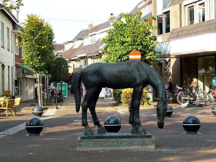Pieter d'Hont, Het Bronzen Paard, De Brink, Baarn.