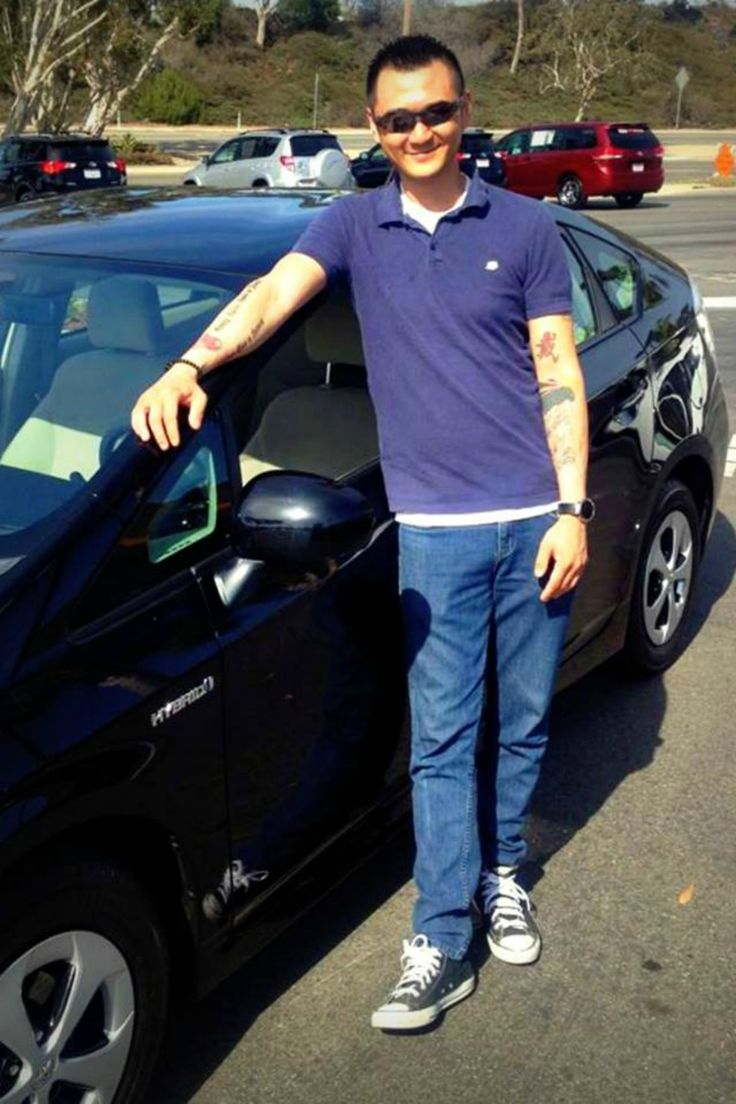 It was love at first drive for Eric T.! Congrats on your 2012 Toyota Prius, welcome to the #ToyotaCarlsbad family!