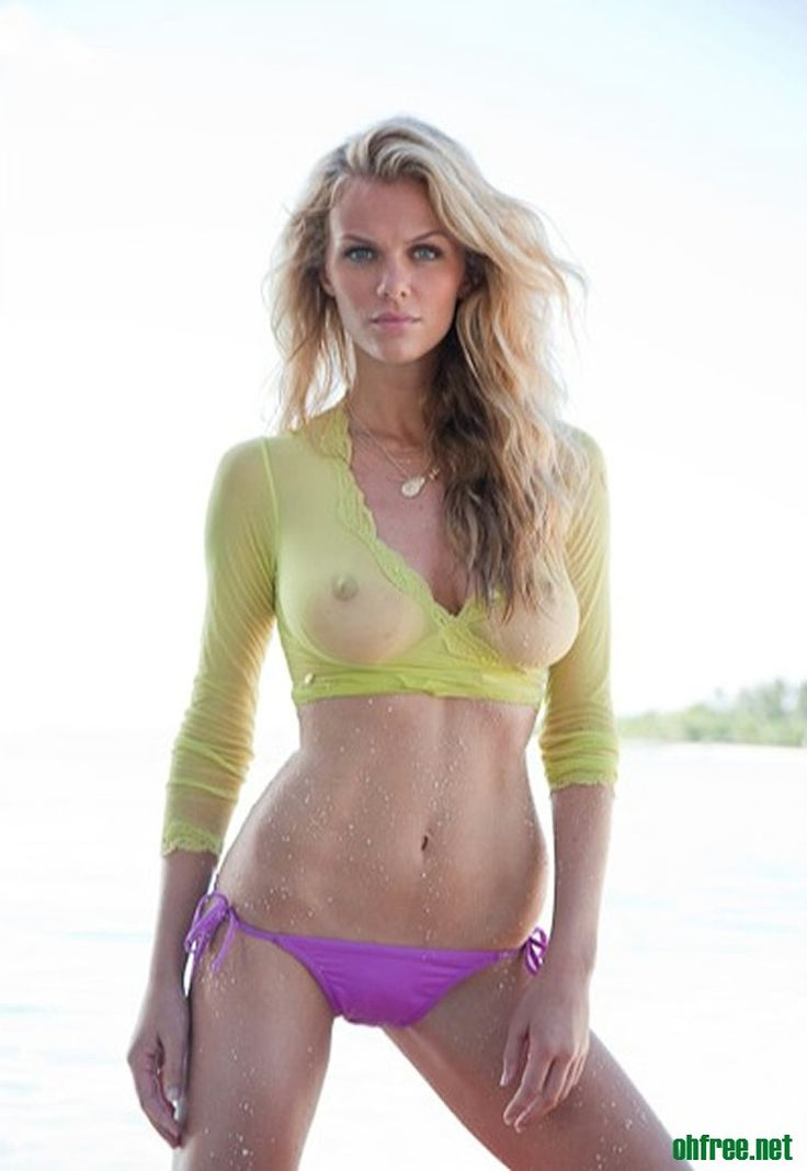 Naked pitures ofbrooklyn decker