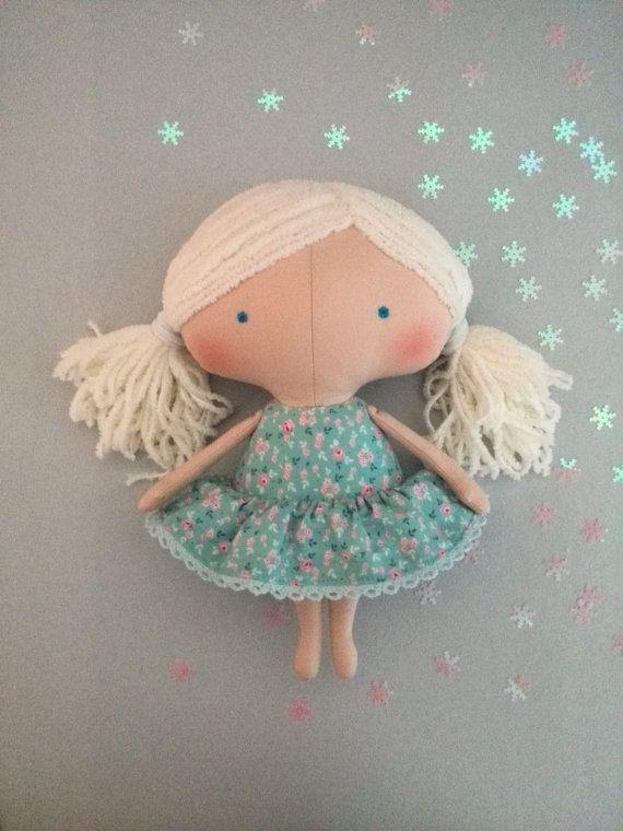 Vestiti di Natale giocattoli-Rag doll-Natale di HandmadeToyStore