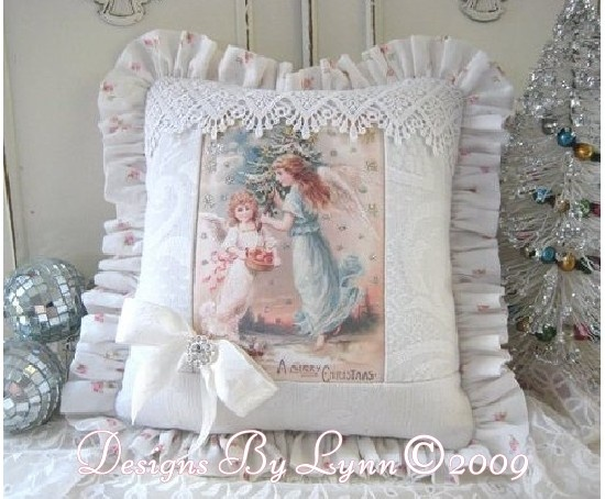 Shabby Chic Christmas Pillows : 155 best images about Sweet Shabby Pillows on Pinterest