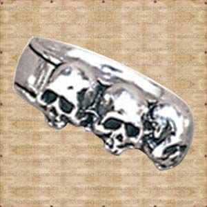Three deaths for the auspicious. Each caput mortem, or deaths head, representing one mortal life. This skull ring is also available in sizes N,Q,T,W. The Caput Mortum Ring by Alchemy in the Skulls and Dragons rings range.    Made from pewter    Ref : SDR72   Price : 9.99 GBP