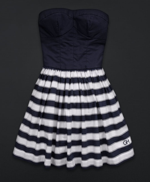 cute summer dress.. if they have a summer where I'm headed lol