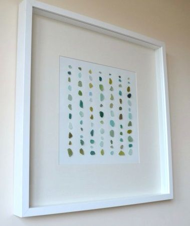 Sea Glass Art -10 Creative DIY Ideas: http://www.completely-coastal.com/2013/04/sea-glass-art.html