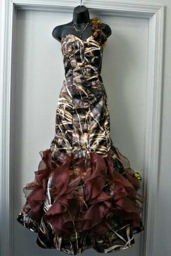 Realtree Max-4 Camo wedding dress   #realtreecamo #camoweddingdress