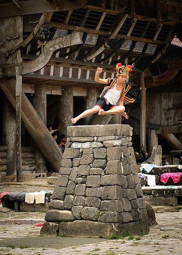 Lompat Batu Tradisi Nias @ Bawomataluo Nias