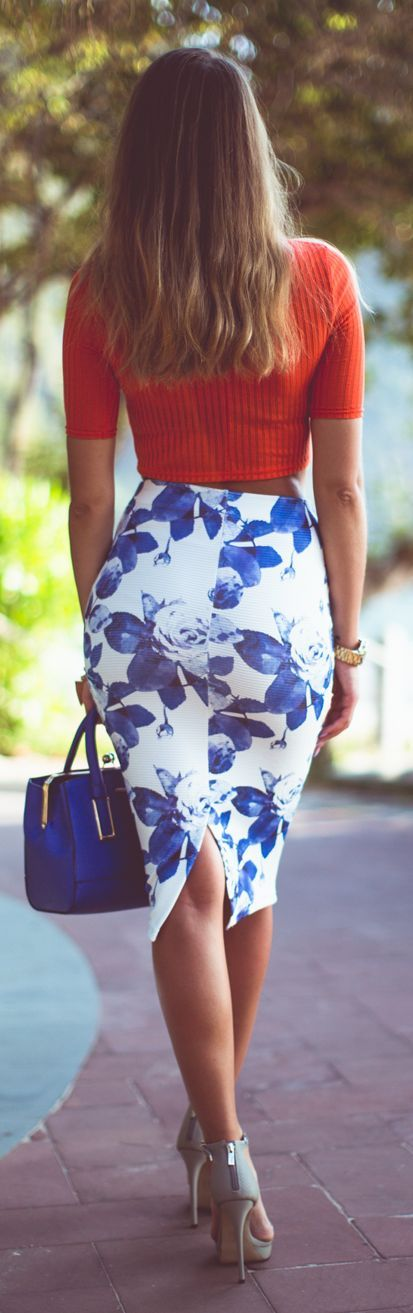 Blue Floral Pencil Skirt by Kenzas