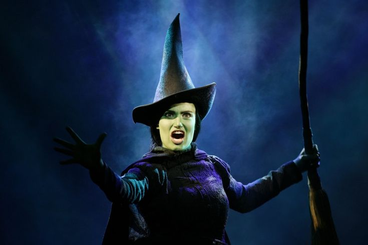 ......and nobody in all of Oz is every going to bring me down!: Idina Menzel, Idinamenzel, Halloween Costumes, Witch, Defying Gravity, Club Kids, Memories Lane, Dramas Club, Wicked
