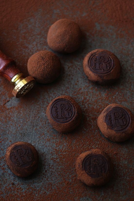 CHOCOLATE TRUFFLE ~~~ i am especially drawn to the idea behind the branding; the monogram stamp is beyond. [larecetadelafelicidad]