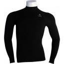 Camiseta Termica Negra Manga Larga Lurbel. Consiguela aqui: http://www.deportesmena.com/camisetas-termicas-lurbel#