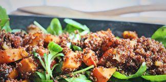 RECEPT: Salát s quinoou, špenátem a pečenou dýní