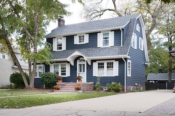 25 best ideas about colonial style homes on pinterest for Dutch style homes