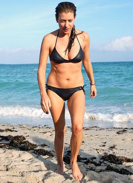 Best 25+ Sandra bullock bikini ideas on Pinterest