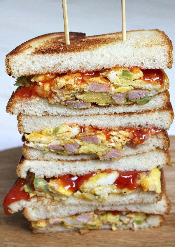 Dad's Denver Sandwiches - click to print the recipe from RecipeGirl.com : PLUS, try entering the @egglandsbest #ad Foodtography contest-- submit your best egg dish photo for a chance to win up to $5,000.  Yahoo!