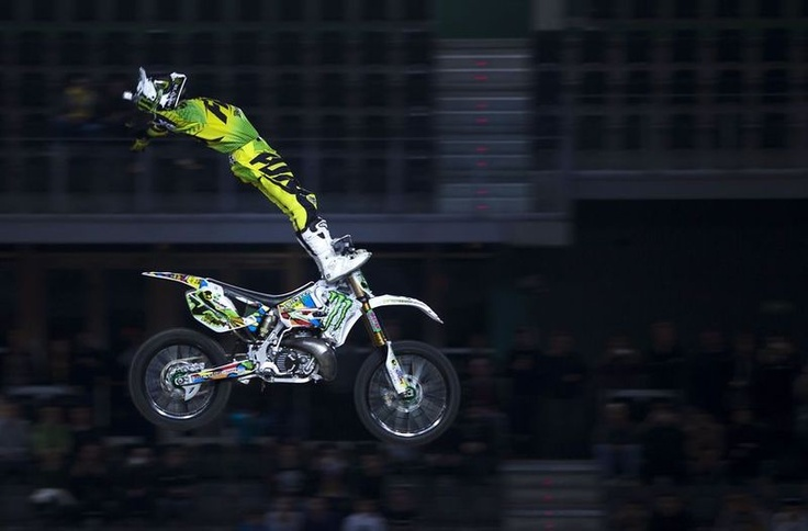 Edgar Torronteras - freestyle motocross jumping demonstration