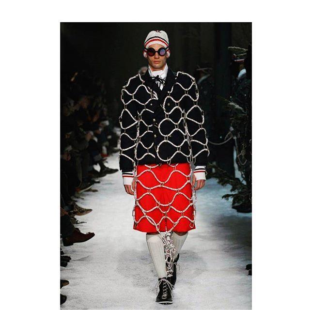 Том Браун представил новую мужскую коллекцию для @Moncler. #moncler #harpersbazaar #harpersbazaarukraine  via HARPER'S BAZAAR UKRAINE MAGAZINE OFFICIAL INSTAGRAM - Fashion Campaigns  Haute Couture  Advertising  Editorial Photography  Magazine Cover Designs  Supermodels  Runway Models