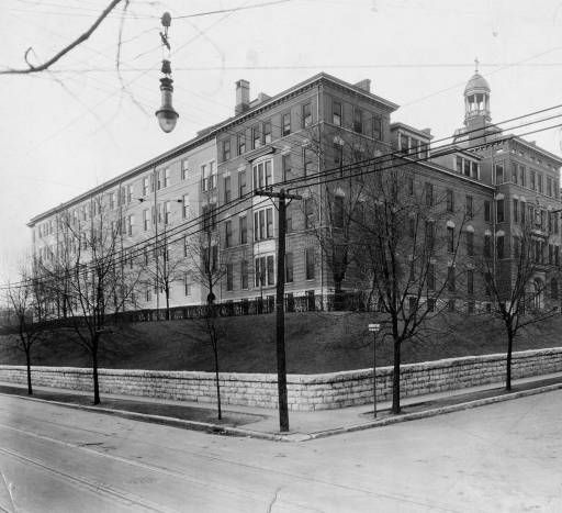 St. Anthony Hospital, 1313 St. Anthony Place and Barret  Ave, Louisville, Kentucky, 1924. :: Herald-Post Collection