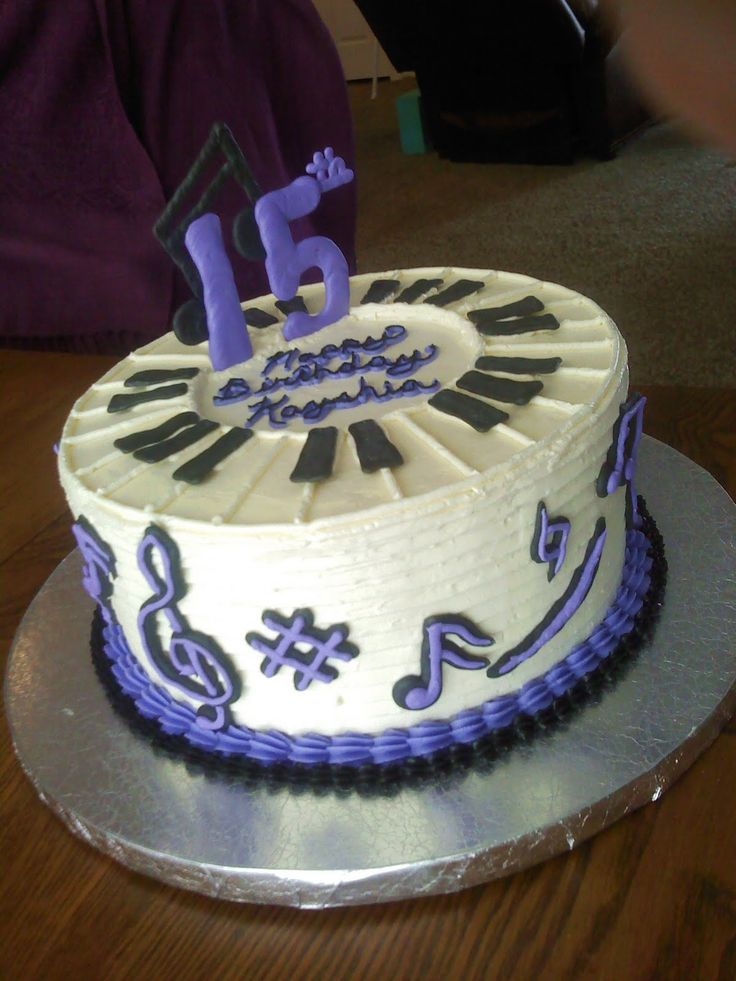 1000+ images about Piano/note cake on Pinterest Musicals ...