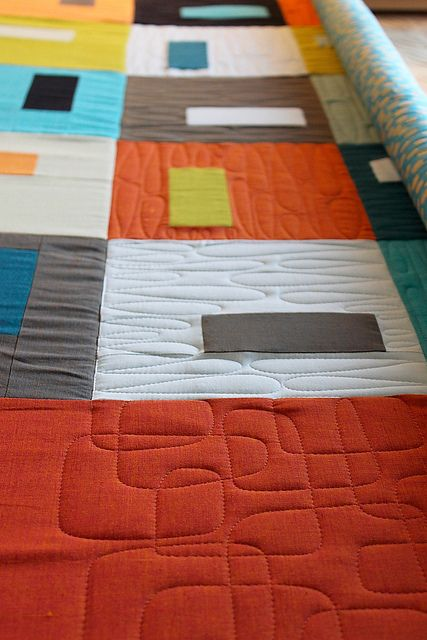 """mid-century modern"" quilting.- Martinas Puzzle Box Quilt Along, via Flickr."