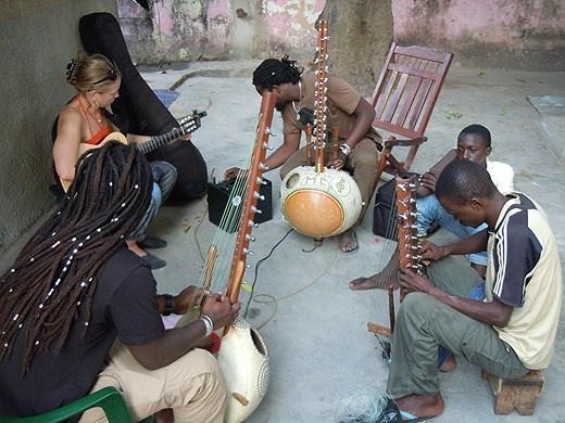 Sousou & Maher Cissoko och jalikulturen i Senegal - P2 Dokumentär