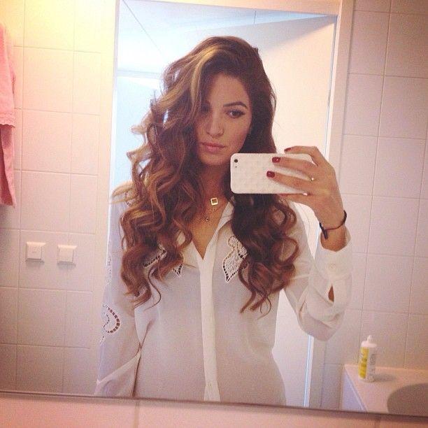 .@negin_mirsalehi perfect hair!!