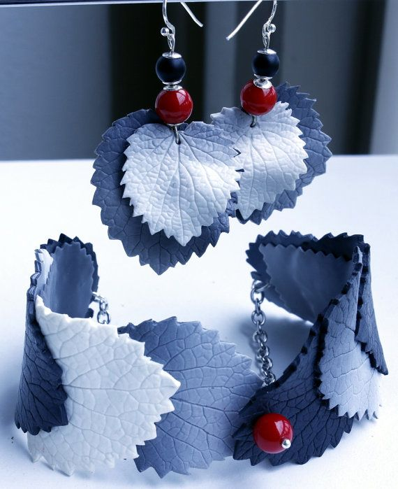 Black and White Leaves bracelet and earrings. by JustBeRoFree