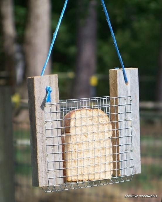 I couldn't decide ... House Stuff or Crafts. It's BOTH!  back yard bird feeder suet holder
