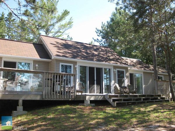 Cottage Country Listing #189769 - Red Pine Retreat in Lake Nipissing - Cottage Country Rentals