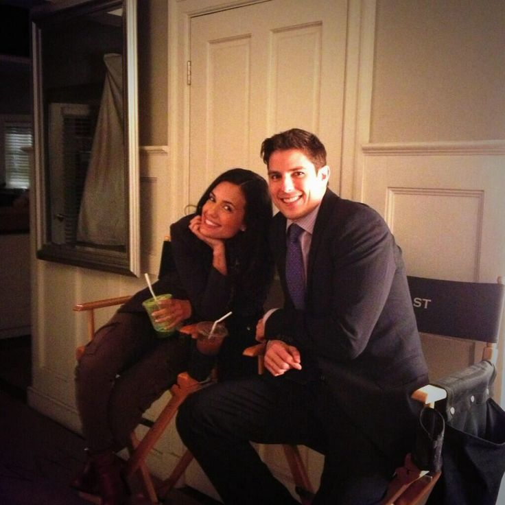 Torrey DeVitto (Melissa Hastings) and Sean Faris (Holbrook) on the set of Pretty Little Liars. #PLL
