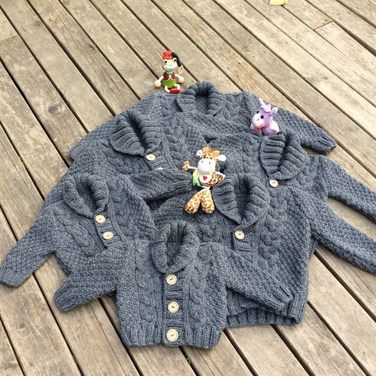 Tricot Baby Sweater main tricoté gris Baby Cardigan gris