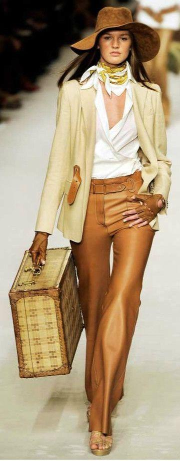 Hermès timeless neckscarf beige outfit travel resort scarves carre de soie
