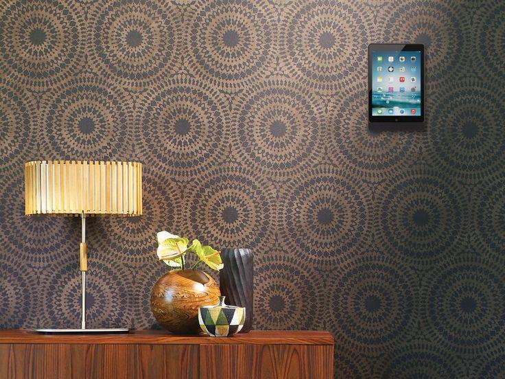 http://www.monitorhalterung.de/basalte-eve-tablet-wandhalterung-ipad-pro-9-7-eckig-schwarz.htmlBasalte Eve Wandhalter iPad Pro 9.7 Tablethalterung eckig, gebürstetes schwarz ist eine raffinierte und elegante Tablet Wandhalterung. Die iPad Wandhalterung kombiniert Schönheit mit Durchführbarkeit und ergänzt das populärste Tablet perfekt. Die iPad Halterung Wand ist geeignet für Apple iPad Pro 9.7.