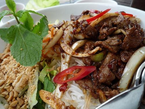 bun bo xao | My country {Vietnamese food } | Pinterest